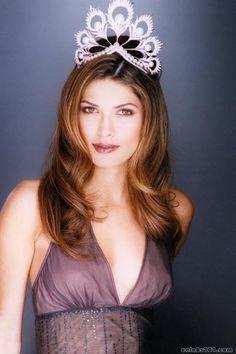 Miss Universo 2002 Yostin Lissette Pasek Patino-medella a Panama origine ucraina, nata il 29 agosto 1979
