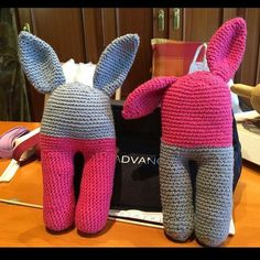 Les classes dels dimarts a @lapadrinetareus ja tenen orelles! #ganxet #crochet #ganchillo #amigurumi #conillet #classes #Reus #igersreus #igerscatalunya by elpinxolivadiralganxo