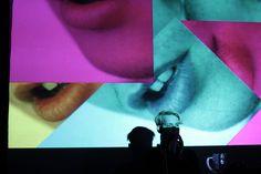Výstavy s procházkou / procházka s vernisážemi – společný projekt olomouckých nezávislých galerií 23. dubna 2015. Výtvarné umění, koncerty. Stratil, Panáčik, Hodboď, Jaro, Kasalová, Vlková, Wolf, Dočkal, Maša. / Panačik + Vácav Stratil | AV performance | 23. 4. 2015 | 20:30 | Divadelní sál W7 / foto©Monika Abrhámová / http://www.pifpaf.cz/cs/xy