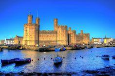 Caernarfon Castle - http://www.1pic4u.com/blog/2014/05/19/caernarfon-castle/
