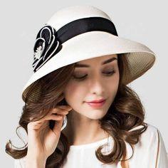 180 Best Hat Style For Women You Can Wear In The Beach #HatsForWomenFancy #bestsunhatsforwomen