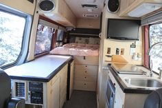 Pretty Photo of Sprinter Van Camper. Most campers have a switch to permit propane use in the camper. A Sprinter van camper has become the most versatile sort of Sprinter RV. Sprinter Van Conversion, Van Conversion Layout, Van Conversion Interior, Van Interior, Interior Design, Interior Ideas, Bus Conversion, Van Conversion Bathroom, Kombi Motorhome