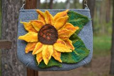 Flower Bag Felted Bag Sunflowers  Felt bag Handmade by MyEspresso #feltedflowers #flowers #felted #fashionfelted #textileart #feltedart #designer #modadamska #women #etsyshop #kwiaty