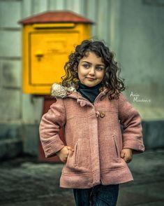 Cute Baby Girl Photos, Cute Little Baby Girl, Cute Kids Pics, World's Cutest Baby, Cute Baby Girl Wallpaper, Cute Babies Photography, Baby Models, Beats Wallpaper, Galaxy Wallpaper