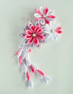 Kanzashi Hair Comb - White and Pink from Meanwhile Craft on Storenvy
