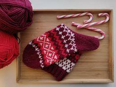 Sweet things: Adventtisukat 2019 - osa 4 Knitting Socks, Winter Hats, Patterns, Sweet, Knit Socks, Block Prints, Candy, Pattern, Models