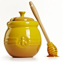 Le Creuset Honey Pot with Silicon Dipper. Click through for your chance to win a 20 piece set from Le Creuset!