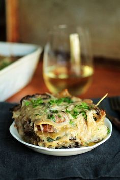 This mushroom and spinach lasagna is the ultimate comfort food - creamy, cheesy, and full of flavor! Vegetarian Casserole, Tasty Vegetarian Recipes, Vegetarian Dinners, Veg Recipes, Cooking Recipes, Healthy Recipes, Lasagna Casserole, Dinner Recipes, Easy Recipes