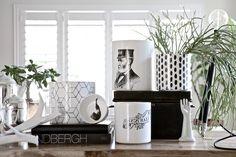 bl/white vase ideas