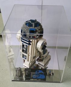 DIY Display Case Inspiration Ideas For Your Favorite Collections Lego Display Case, Medal Display Case, Acrylic Display Case, Toy Display, Display Cases, Display Ideas, Home Depot, Toy Shelves, Shelf