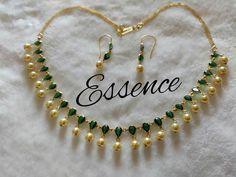 My favourite jewelers Antique Jewellery Designs, Gold Earrings Designs, Gold Jewellery Design, Gold Necklace Simple, Gold Jewelry Simple, Emerald Jewelry, Neck Piece, Choker, Beads