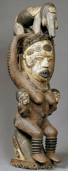 Kuyu: headdress dance.  h 58 cm