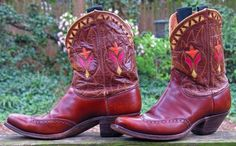 beautiful cowboy boots  Red Cowboy Boots have always been on my list of must haves