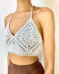 Crochet Bra, Crochet Bikini Pattern, Crochet Blouse, Crochet Clothes, Easy Crochet, Crochet Summer Tops, Crochet Crop Top, Finger Crochet, Boho Diy