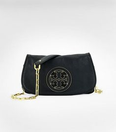 tory burch logo clutch... loooves it