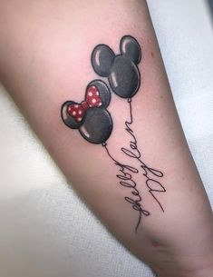 Exclusive #mickeymouse And #minniemouse Tattoo #ankletattoo #disneytattoo #tattoo #wonderlandtattoo