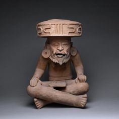 Novel Exhibit of Pre-Columbian Art at Barakat Gallery - LCDQ Hispanic Art, South American Art, Mesoamerican, Character Portraits, Ancient Artifacts, Native Art, Art Object, Tribal Art, Ceramic Art