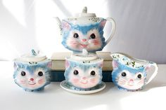 vintage kitty tea set