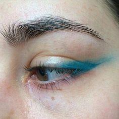 Gorgeous Makeup: Tips and Tricks With Eye Makeup and Eyeshadow – Makeup Design Ideas Natural Eye Makeup, Eye Makeup Tips, Makeup Hacks, Makeup Inspo, Makeup Inspiration, Beauty Makeup, Hair Makeup, Teal Makeup, Makeup Style