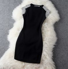 Black dress with bead accent Classy Dress, Classy Outfits, Cute Outfits, Girls Night Out Dresses, Party Dresses For Women, New Years Eve Outfits, Lolita Dress, Aesthetic Clothes, Pretty Dresses