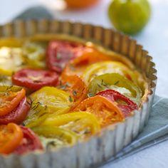 Découvrez la recette tarte aux tomates multicouleurs sur cuisineactuelle.fr.