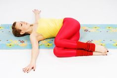 yoga knieen twist lage rugpijn