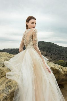 Styled Shoot: Beauty in the Canyons   Enzoani