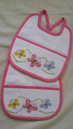 Bebé Cross Stitch Sea, Cross Stitch For Kids, Cross Stitch Bookmarks, Simple Cross Stitch, Cross Stitching, Cross Stitch Embroidery, Cross Stitch Patterns, Baby Knitting, Crochet Baby