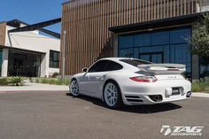 Porsche 997 Turbo with Gloss White HRE Performance Wheels.