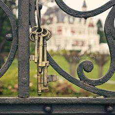 """What are the """"keys of the kingdom"""" referred to in Matthew 16:19; Revelation 3:7 speaks plainly of Jesus having the key. Similarly, the divine Christ will be the steward of His Father's Kingdom. With that authority, Jesus could allow or disallow someone entrance into the Kingdom—but no man had or has that authority. Christ's statement meant that His apostles had authority to represent Him, to teach as He taught them. UCG.org/The Church Jesus Built ."""