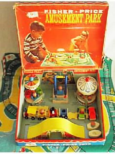 http://www.thisoldtoy.com/new-images/images-ok/900-999/FP932EB570423371-B.JPG