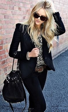 DARK denim, black blazer, cheetah print top. Also.... want her hair!