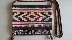 Gyapjú tarisznya, székely lépcsős motívummal - Wool bag with transylvanian stage sample - www.zentaianna.hu