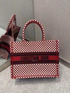 Christian Dior embroidered small book tote bag Small Book, Christian Dior, Straw Bag, Dior Bags, Shoulder Bag, Tote Bag, Dior Handbags, Carry Bag, Tote Bags