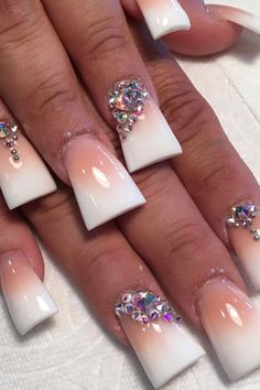 17 Lovely Acrylic Nails On Feet - Duck Feet Nails Mädchen Bright Nails, Yellow Nails, Green Nails, Purple Nails, Duck Tip Nails, Duck Feet Nails, Toe Nail Color, Nail Colors, Flare Acrylic Nails
