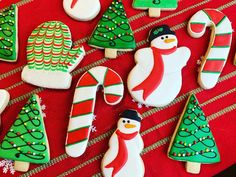 Decorated sugar cookies 2020 Davids Cookies, Sugar Cookies, Desserts, Decor, Tailgate Desserts, Deserts, Decoration, Postres, Dessert