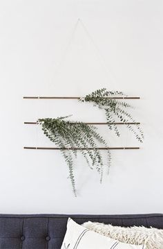 Counteract the chaos of the holidays by embracing the simplicity and beauty of these natural DIY eucalyptus decorations.