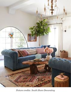 A Spanish Living Room 2019 Neutrals are great but don't be afraid to pick a signature color. Interior Design by Emily Henderson The post A Spanish Living Room 2019 appeared first on Sofa ideas. Living Room Size, Home Living Room, Living Room Designs, Living Room Decor, Living Room Styles, Dining Room, Home Design, Home Interior Design, Color Interior