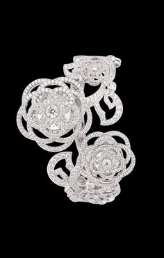 WATCH IN 18K WHITE GOLD AND DIAMONDS - Overview 2 - CHANEL