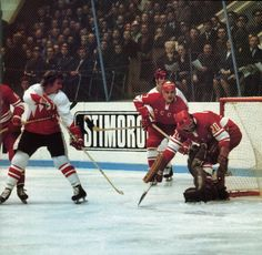 Bobby Clarke and Paul Henderson in close vs. Tretiek and the Soviets in the 1972 Summit Series.