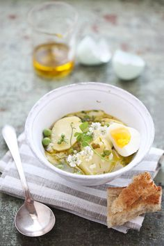 The most beautiful Spring English Pea, Potato and Rice Soup :: Cannelle et Vanille