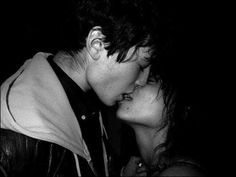 Ezra Miller and Zoe Kravitz