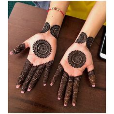 Apply these best Party Mehndi design that helps in bringing out your beauty. Here are Some Trendy and stylish Party Mehndi Designs. Circle Mehndi Designs, Round Mehndi Design, Mehndi Designs For Girls, Mehndi Designs For Beginners, Modern Mehndi Designs, Wedding Mehndi Designs, Mehndi Designs For Fingers, Latest Mehndi Designs, Mehndi Design Pictures