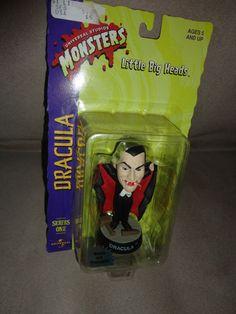 New Little Big Heads Dracula Universal Studios Monsters 1998 Ser 1 Halloween find me at www.dandeepop.com
