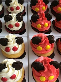 Mickey Mouse themed cupcakes