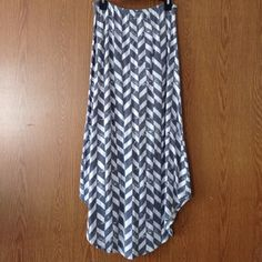 Alternative Gray & White Chevron Maxi Skirt Perfect condition with no flaws; I've only worn this 1-2 times. Made in Egypt. Long-- high/low style on sides (see last photo). Elasticize waist makes this skirt so comfy! Price is negotiable ❌No Trades❌ Alternative Apparel Skirts Maxi