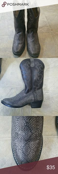 Boys cowboy boots Brown and tan snake print,worn once smoky Shoes Boots