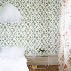 Annika wallpaper - dark green - Sandberg Tyg & Tapet