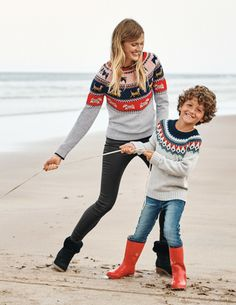 This Christmas jumper has it all. The bold Fair Isle jacquard, bright hues, detailing. You'll be rocking-and-rolling all through the festive season. This long-sleeved design was made to keep you cosy during that Boxing Day stroll. Hats For Women, Sweaters For Women, Quoi Porter, Christmas Jumpers, Holiday Sweater, Getting Cozy, Pulls, Cashmere Sweaters, Cold Weather