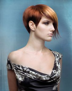 Highlight Effects on Short Hair: How-To by Rocky Vitelli, Global Artistic Board, Farouk Systems